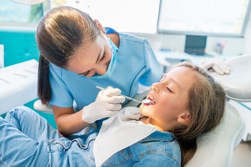 paediatric dentist jobs